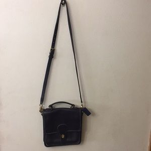 Vintage Coach messenger purse